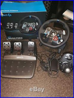 Logitech G29 Steering Wheel + Shifter PS4 Excellent Condition Boxed