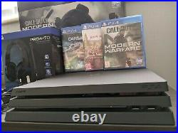 Sony PlayStation 4 PS4 Pro 1TB Console Boxed 2 Controllers Headset Games Bundle
